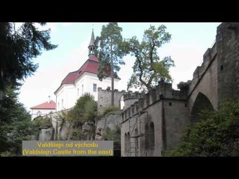 Český ráj - hrad Valdštejn - oblaka. Valdstejn Castle - Clouds Time Lapse.avi