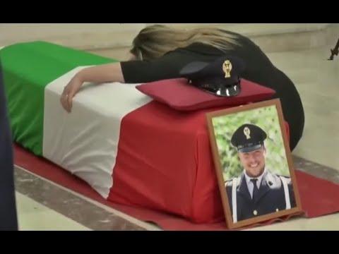 Napoli - I funerali solenni del poliziotto Pasquale Apicella (08.05.20)