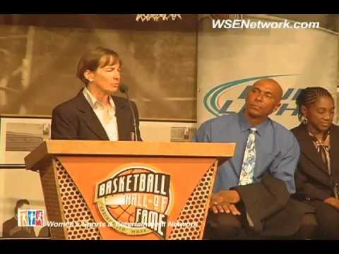 Naismith BasketBall Hall of Fame Jacket Presentation: Teresa Edwards & Tara Vanderveer
