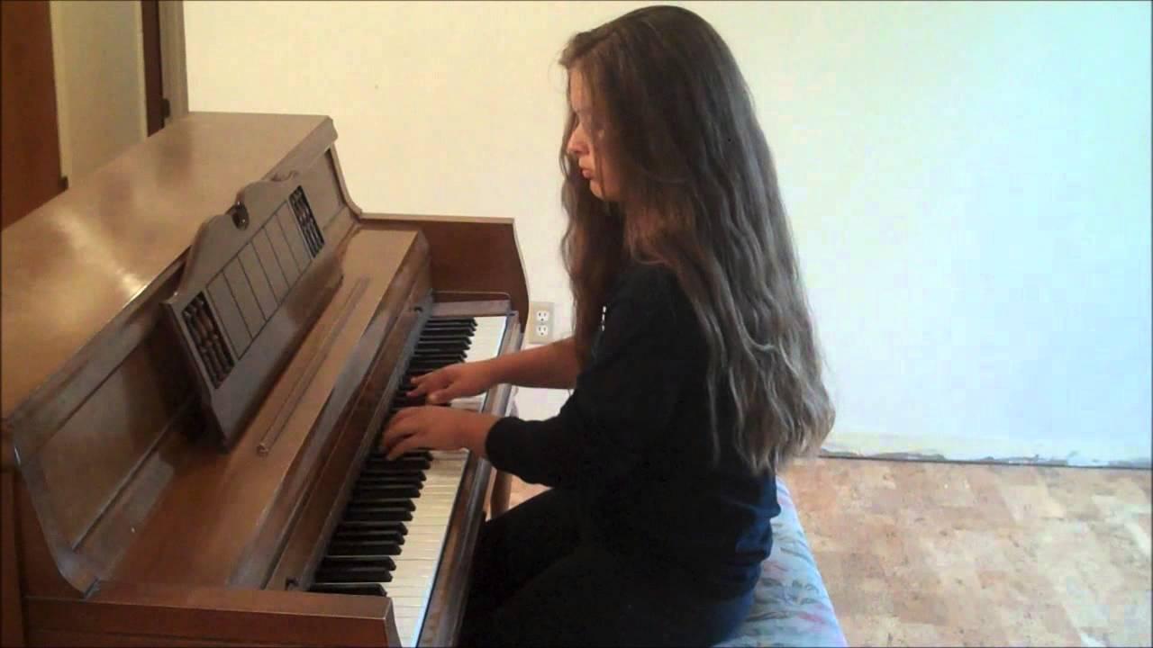 13 years old girl playing piano - YouTube