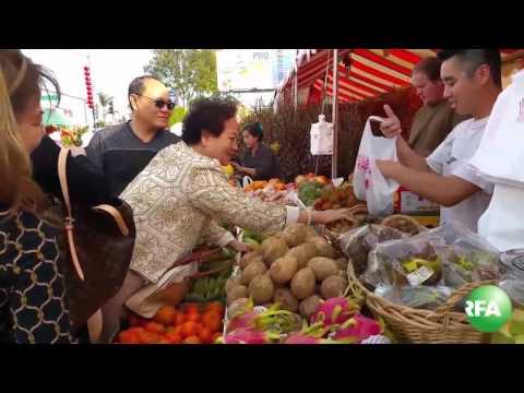 Chợ hoa Tết ở Little Saigon