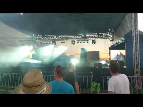 Let it Roll 2017 Live Stage Riya