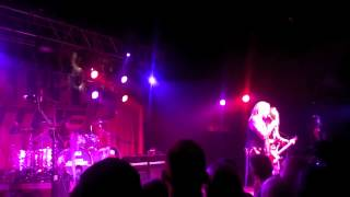 Steel Panther - Live HD - Eatin' I Ain't Cheatin'