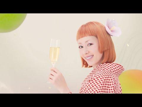 木村カエラ、着物姿で梅酒ソングをアカペラ披露 チョーヤ『さらりとした梅酒』新CM「振り返り篇」