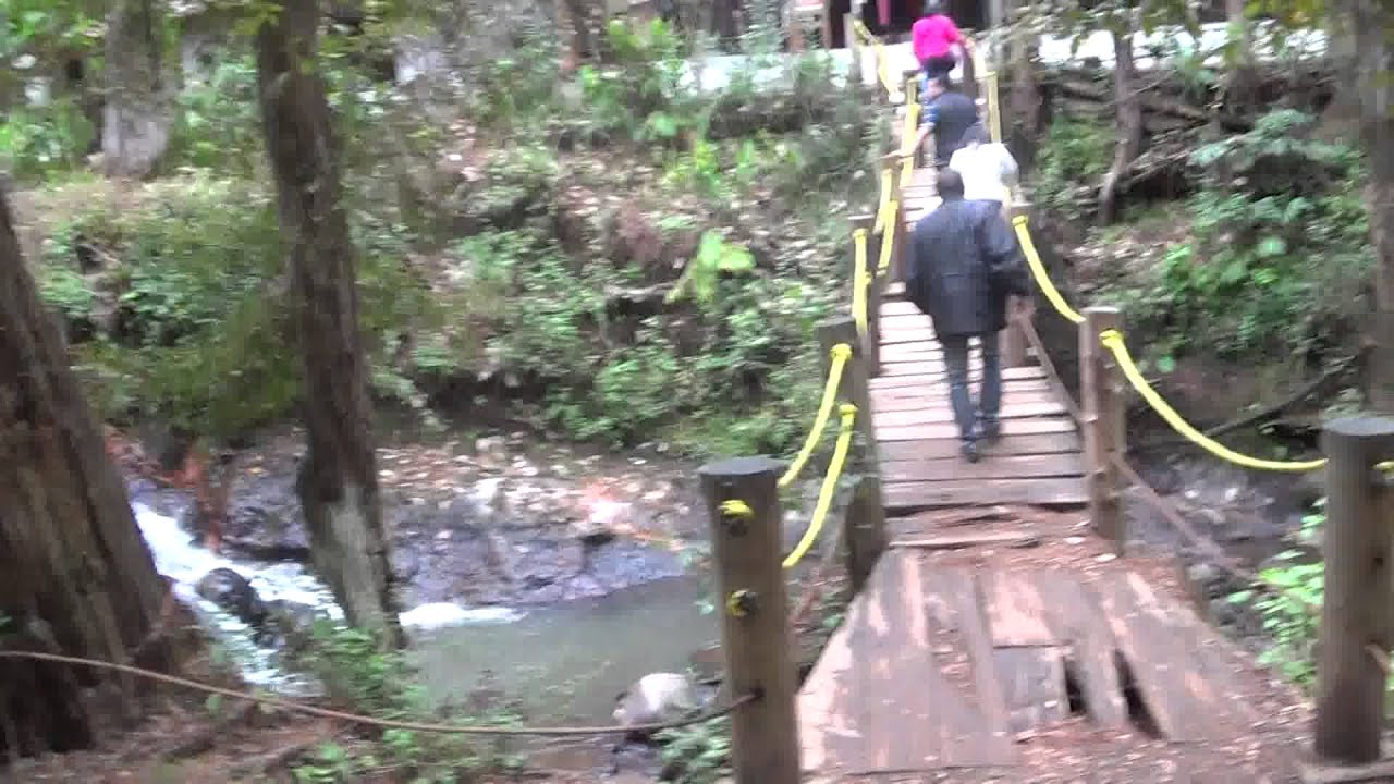 d66c329c62 En Valle de Bravo (la entrada hacia Cascada Velo de Novia ) - YouTube