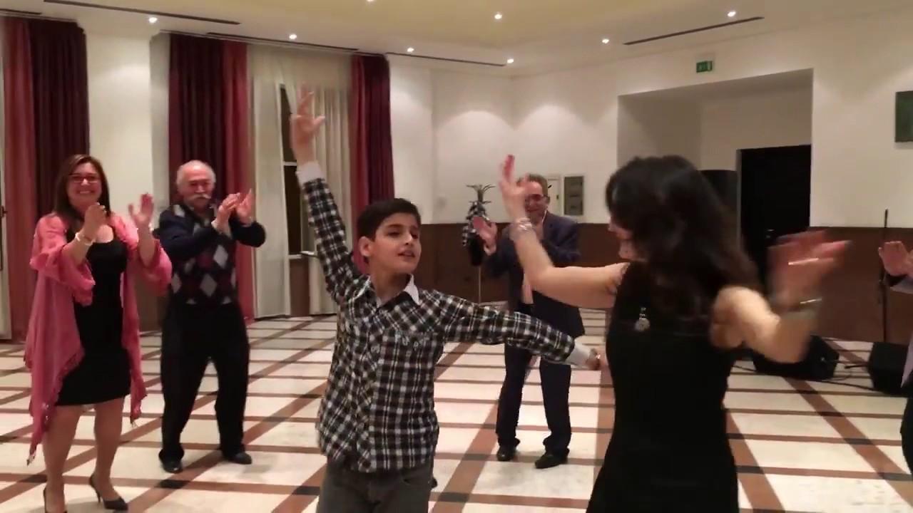 порно красивый мальчик армянин