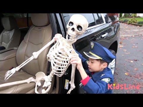 Skeleton Arrest Play Police officer Preted play ガイコツ 逮捕する!! おまわりさんごっこ 警察 おゆうぎ こうくんねみちゃん