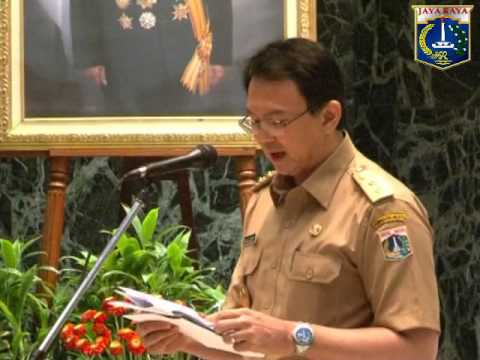 18 Desember 2012 Wagub Bpk. Basuki T.Purnama menyerahkan DIPA thn. Anggaran 2013