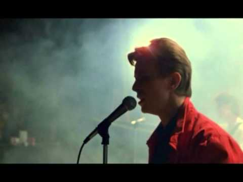 Christiane F. (Bowie concert).mpg - YouTube