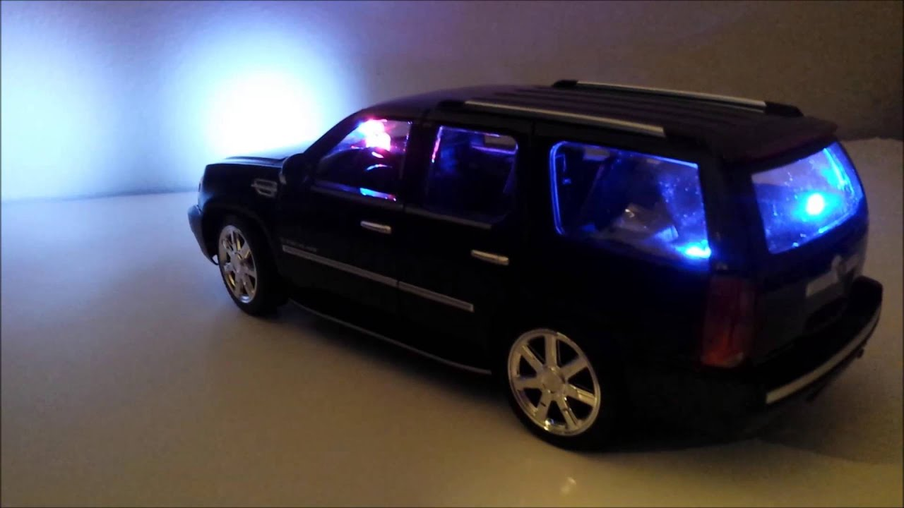 1 18 Scale 2007 Cadillac Escalade Under Cover Fbi Police