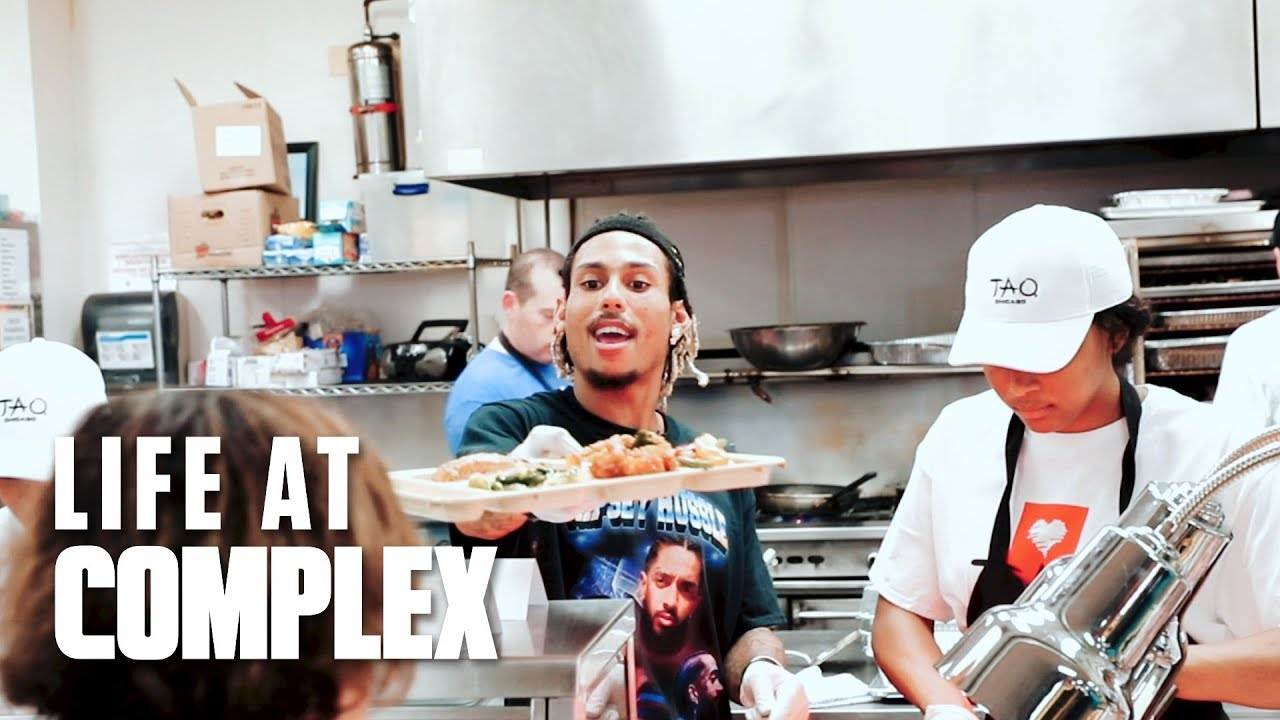 Giving Back Through Chicago's Cornerstone Outreach Soup Kitchen | #LIFEATCOMPLEX