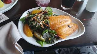 Geyser Point Bar and Grill Dining Review at Disney's Fort Wilderness