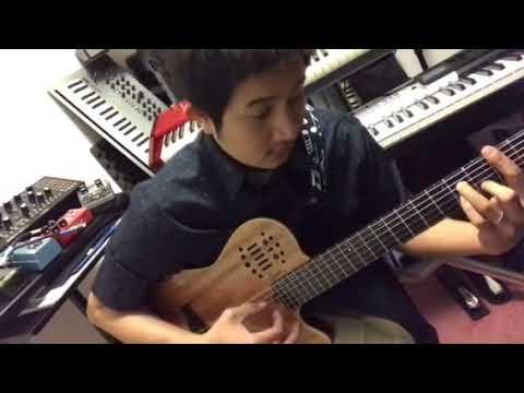 Bohemian Rhapsody - Guitar Solo ( Roland Jazz Scat Sample )