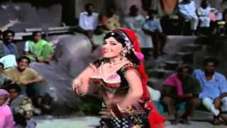 Mera Sajan Phool Kamal Ka - Asha Bhosle - Tere Mere Sapne (1971) - HD
