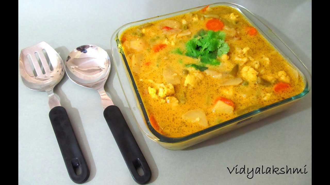 South indian mixed vegetable korma youtube south indian mixed vegetable korma forumfinder Choice Image