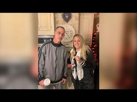 Hilary - Bagel shop owner drives 7 hours to return keys to a customer