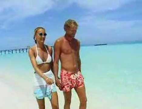 Dhidhoofinolhu Water Village, White sands or LUX* resort Maldives