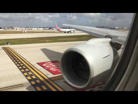 POWERFUL American Airlines Boeing 777-223ER Takeoff From Miami