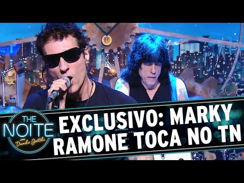 The Noite (26/04/16) - Exclusivo: Marky Ramone toca no palco do The Noite