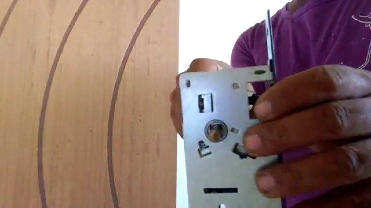 Porta Colocando Fechadura Na Porta Youtube