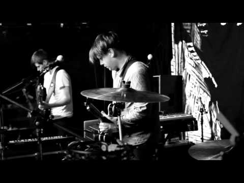 Heroes & Zeros - The Argument live from Lovelite, Berlin