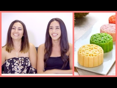 North Americans Try MOONCAKES For The First Time | 老外第一次吃月餅 (榴蓮, 鮑魚, 蓮蓉蛋黃)