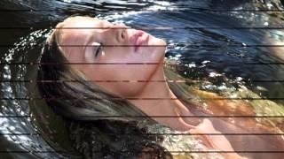 Матушка река исполняет Кристина Матвиенко