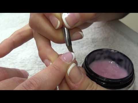 Alargamiento de uñas con gel
