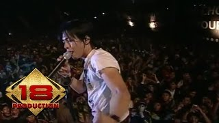 Download lagu Peterpan - Hari Yang Cerah Untuk Jiwa Yang Sepi (Live Konser Cianjur 15 Maret 2008)