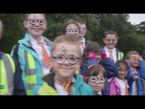 Over 600 children attempt Harry Potter world record