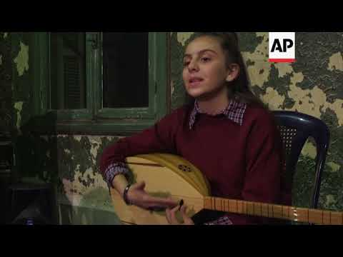 Syrian and Palestinian girls hit the right note