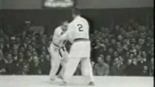 Judo Tokyo 1964: Geesink (NED) - Boronovskis (AUS)