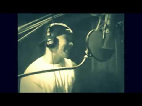 Daddy Yankee creando Rompe y Machete Remix con DJ Urba