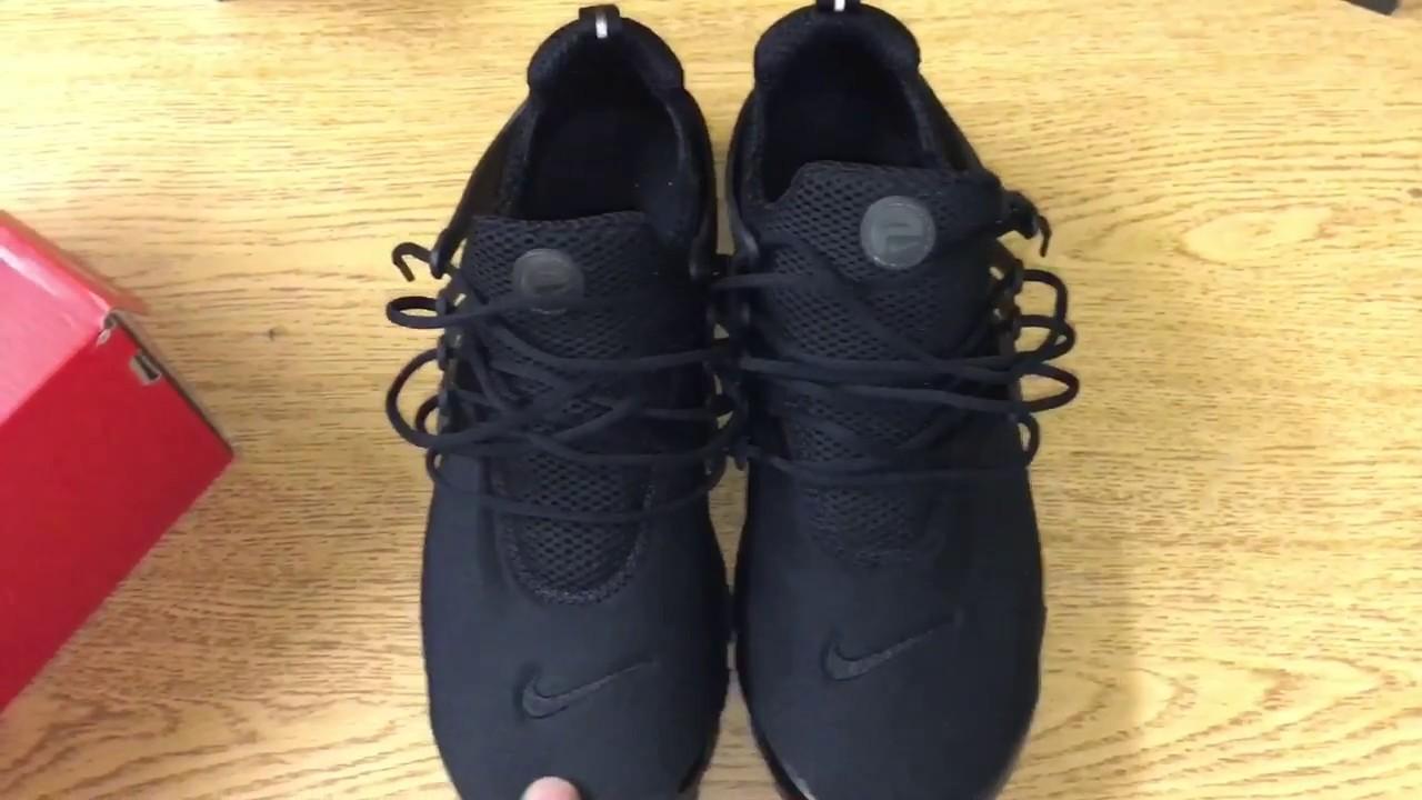 nike presto black on feet