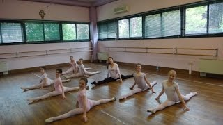 Lezione di danza con bambine 7-10 anni  insegnante Maria Kovaleva