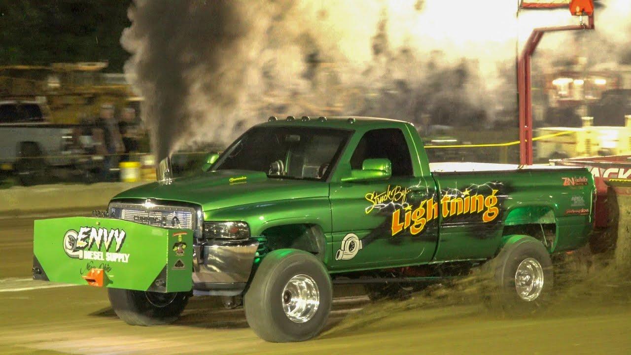 Truck Pull 2021 2.6 diesel trucks and cheater street gas trucks Dragway 42 Spring Shootout
