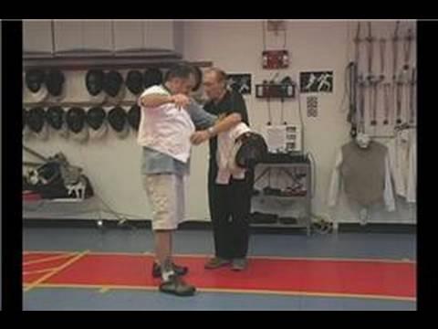 Foil Fencing : Foil Fencing Equipment