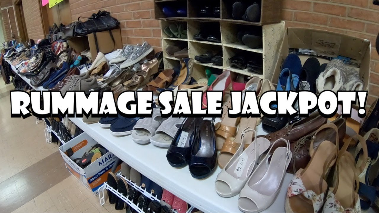 I SPENT $128 AT A CHURCH RUMMAGE SALE! | Buying To Resell | + Mega Haul!