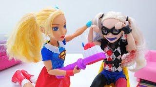 Салон красоты - Супергерл и Харли Квинн - Видео для девочек
