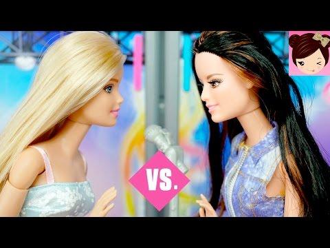 Dreamhouse Barbie Vs Raquel In A Singing Competition - Queen Elsa Hair Salon FAIL - Playing Dolls