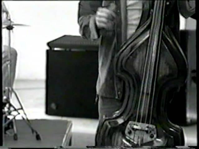 Mavi Sakal - Ben Kimleyim ( Orjinal Klip ) (Barış ÇİL)