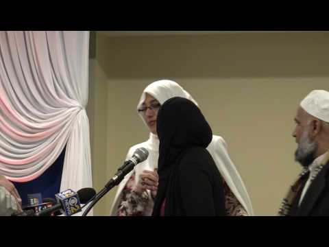Gathering at Islamic foundation Villa Park to express solidarity with Muslims
