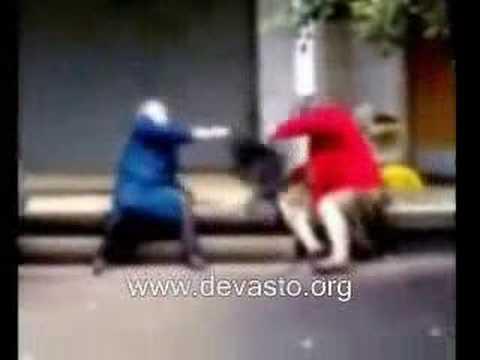rissa tra nonne [DEVASTO VIDEO]