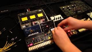 KORG Volca and ms-20 mini beats out in a deep underground cellar dub - oLLiLab