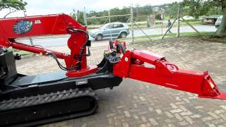 B&B Plant and Equipment Hire   Unic Cranes demonstration