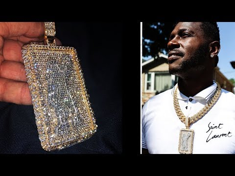 NFL Football Player Spends $200K On Gold Necklace
