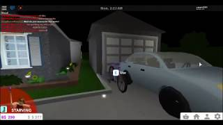 I FIGURED OUT HOW TO BECOME INVISIBLE IN ROBLOX/ BLOXBURG