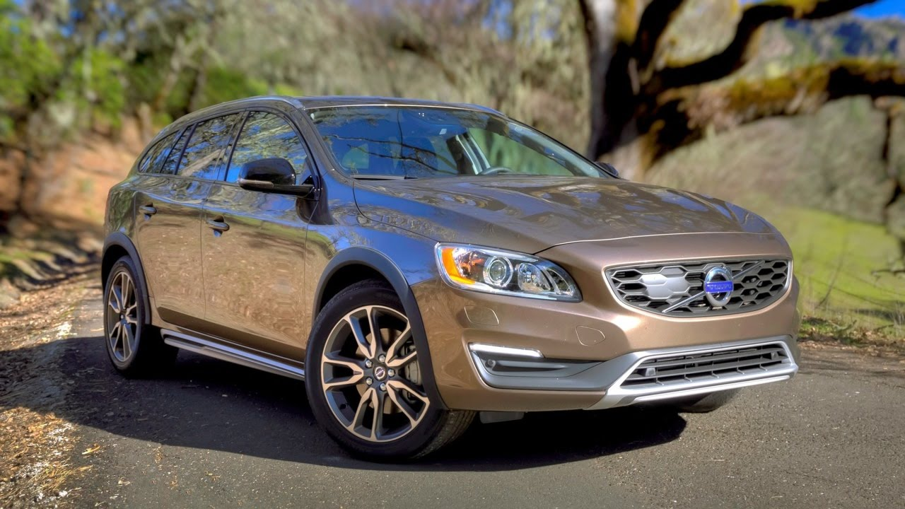 Volvo V60 Cross Country 2017 Car Review