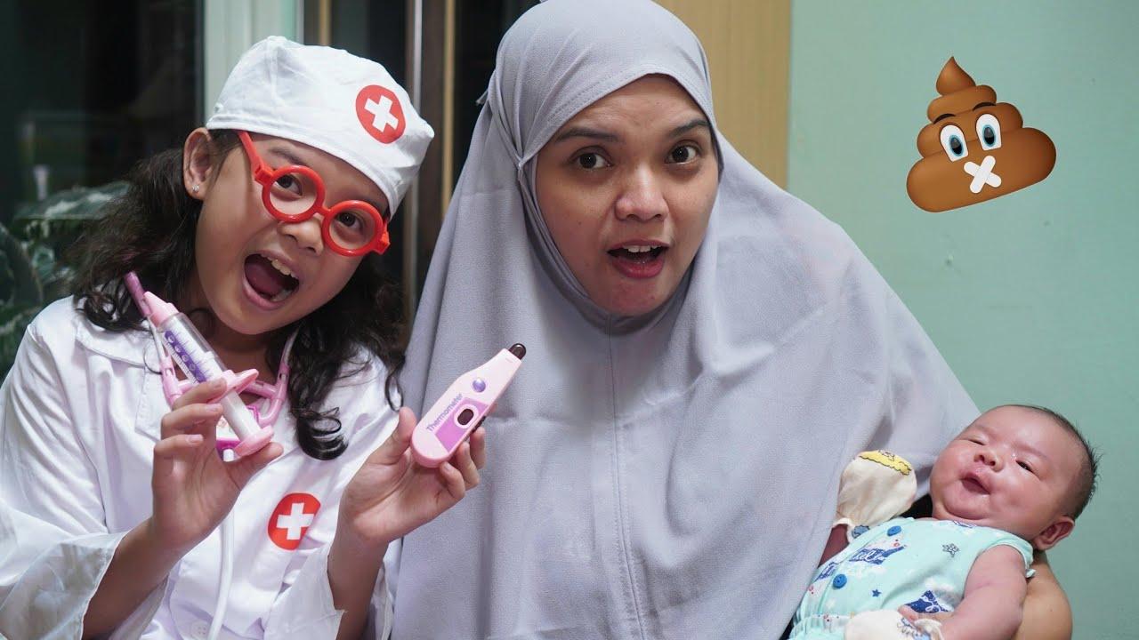 Download GAWAT 😱 DEDEK BAYI SAKIT PERUT EE DI CELANA - Main Dokter dokteran   Fakhira kibbo