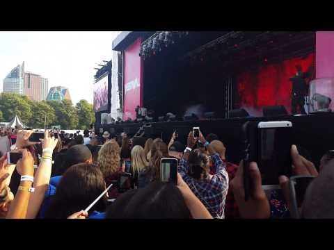 Tyga - Make It Work & Dope - live The Hague